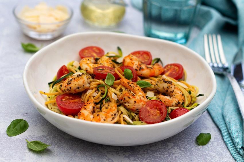 Salade de spaghetti aux courgettes et crevettes label rouge