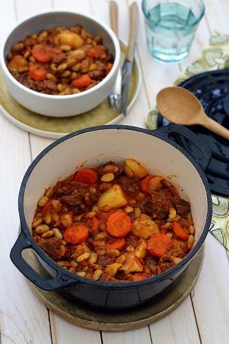 Mijoté de bœuf aux flageolets verts, pommes de terre et carottes
