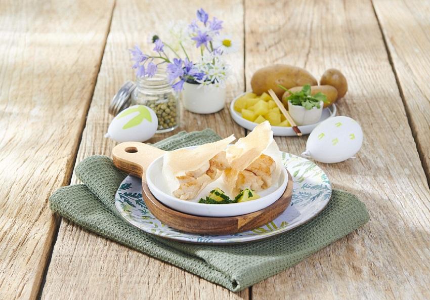 Brick de ris de veau et cubes de pommes de terre La Pompadour et sauce crémeuse au persil